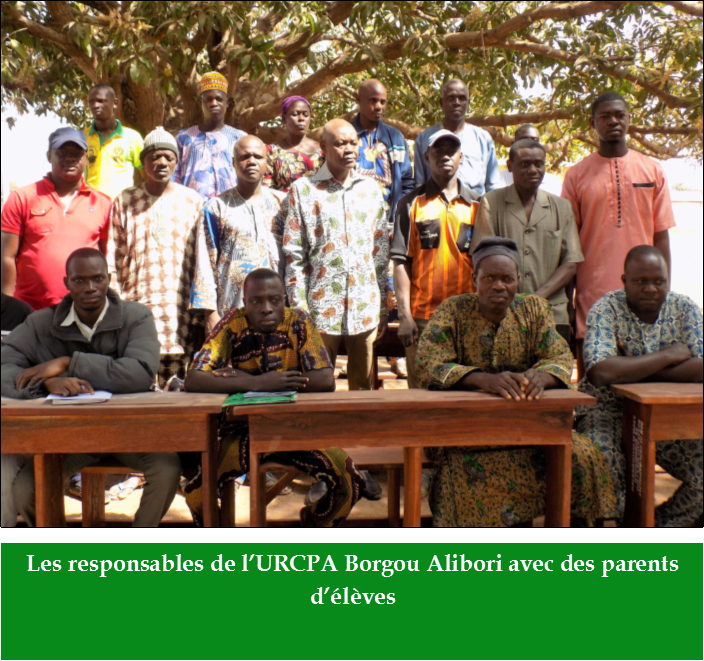 Equipements scolaires : l'URCPA Borgou Alibori fait don de tables et de bancs à des écoles